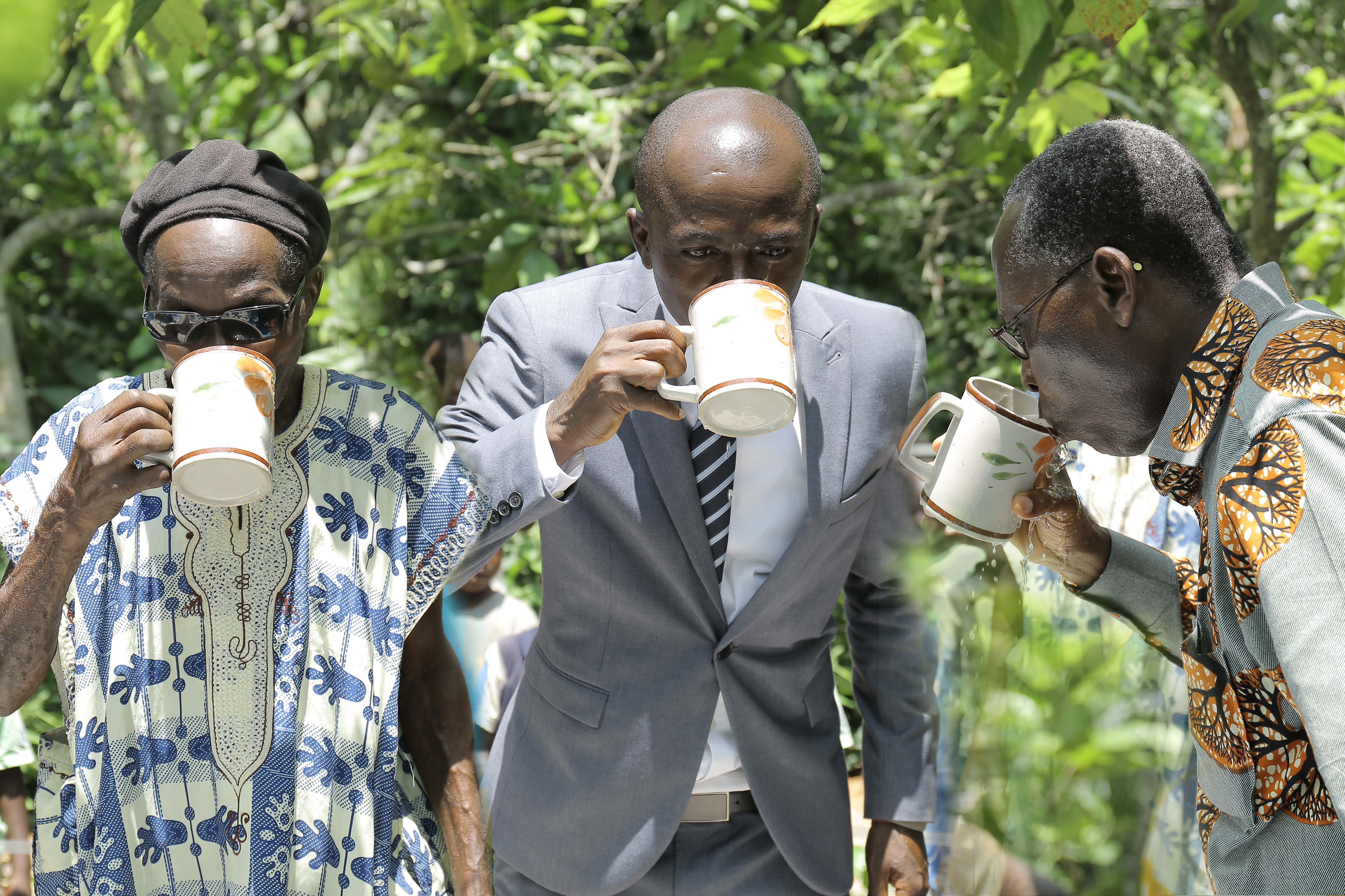 The Chief Of Kwabena Saa, CEO, Goldman Capital And Founder Of Theovision International(From Left) Tasting The Water From The New Borehole
